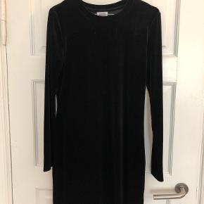 Weekday kjole