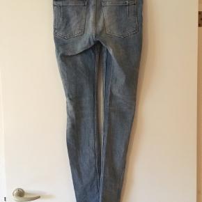 Won hundred jeans str. 27/32.