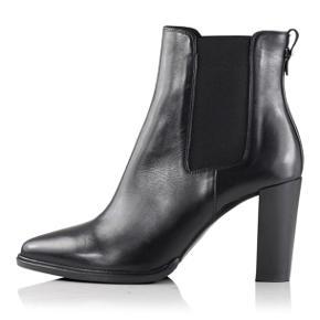 Super lækre støvler fra Billi Bi, de er som nye og kun brugt 3 gange. Kvittering medfølger, der er ca 1 1/2 års garanti på endnu.