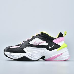 Nike m2k tekno str 40, fremstår som nye