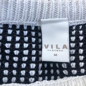 🛍MØNSTRET VILLA SWEATER🛍 Størrelse M, passer en S Alt forsendelse er på købers regning💕