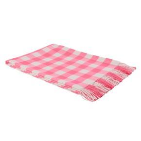 Virkeligt lækkert og superblødt Ternet Tæppe i 100% Baby Alpaka Neon Pink Måler 130x200 cm Perfekt til hygge i en havestol🌸😎☀️ Kun ligget over min sofa i en måned. Fra røg og dyrefrit hjem.  Nypris kr. 1500,-  Bytter ikke🌸