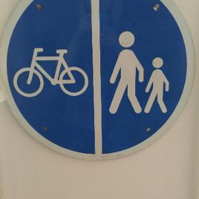 Fedt retro vintage fodgænger/cykelsti skiltHvad vil du byde ? :)