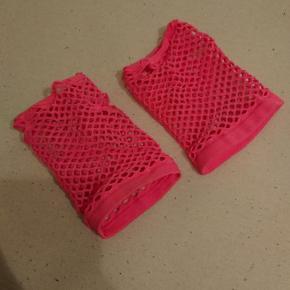 Pink neon fishnet-handsker. Brugt èn gang. Kan afhentes i Esbjerg