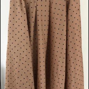 Flot Benetton nederdel i blød, glat materiale  #GøhlerSellout