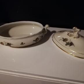 Gammel suppe terrin mrk. KPM Dekoration, København porcelæn maleri. Meget fin stand uden skår