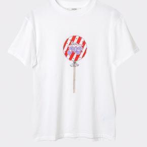 Super fed Ganni T-Shirt! Brugt et par gange, men fejler intet!  Np: 600 Mp: BYD ❤️
