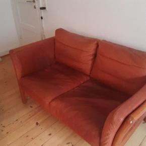 2 personers lædersofa cognac farvet sælges