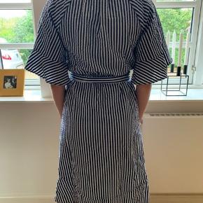 BYD på denne flotte kjole 🍂❤️