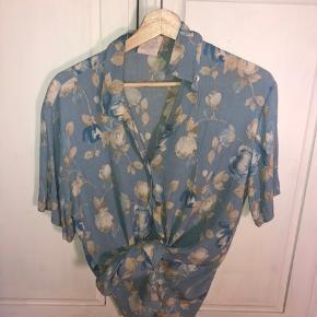 Vintage skjorte købt i vintage butik i England