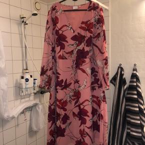 Junarose kjole