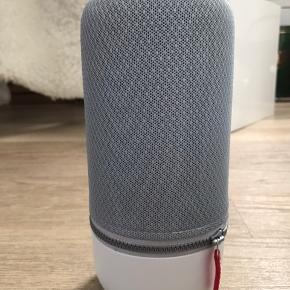 Libratone zipp mini 2 - en superlækker bærbar højtaler med fantastisk lyd.  Jeg har fået den i gave og pakket ud, men aldrig tilsluttet eller brugt og derfor sat som helt ny selvom æsken ikke medfølger.