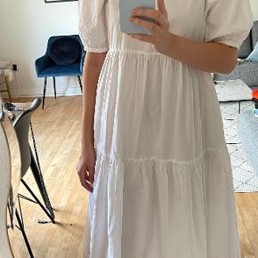 Neon & nylon kjole