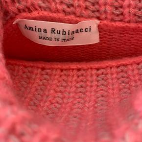 Cashmeretrøje fra Amina Rubinacci :)