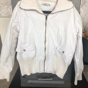 Rigtig fin jakke til kvinder.