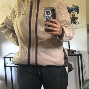 Mega fed trøje str M