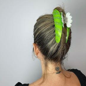 Sui Ava hårpynt