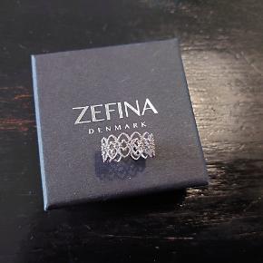 Zefina ring