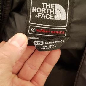 The North Face vinter jakke, summit series, i pæn stand, nypris 5000kr