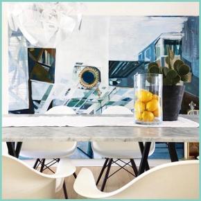 Sælger disse fire spisebordsstole med armlæn fra Charles Eames. Armstolene er i modellen DAW i hvid plast, monteret med stel af mørkbejdset ahorn- og sortlakeret wirestel. Fremstillet hos Vitra. Købt på Lauritz og brugt minimalt - fremstår i perfekt stand.