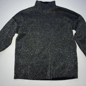 Glimmer turtleneck trøje fra Topshop