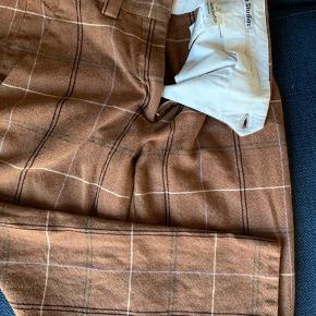 Virkelig cool Acne bukser - brugt 2 gange ...