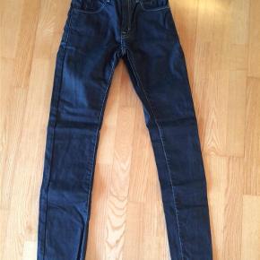 Jeans. Model Cash slim Jeans Farve: Blå