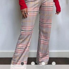 COLLUSION - ternede bukser med svaj 💗👖 Aldrig brugt - købt i for lille str.  Byd!🌞