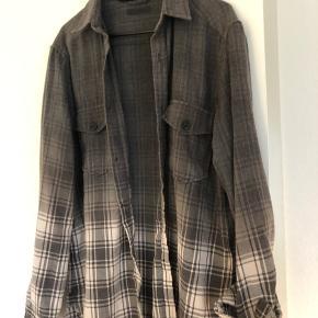 Skjorte fra ojardorf  Str M  Ny pris: 1100  Mindste pris: 300