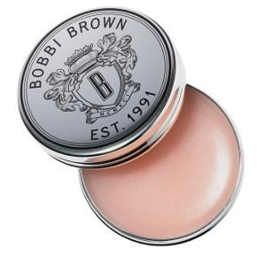 Bobbi Brown lip balm SPF 15 Super flot og fugtende lip balm, som altid reder tørre læber. Giver en naturlig flot farve.   Brugt få gange og der er den næsten som ny, men det kan ses på billedet.   BYD!