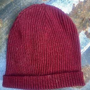 Weekday Hat & hue