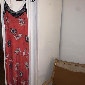 Smuk kjole fra Asos