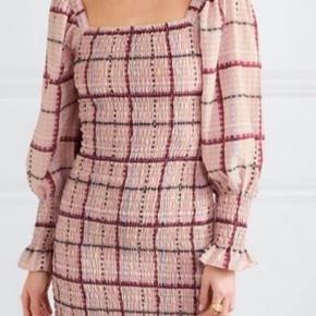 Sælger denne smukke ganni kjole 💖