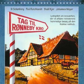 0164 - Tag til Rønneby Kro (DVD)  Dansk Film - I FOLIE   Tag til Rønneby Kro:  Dansk lystspil fra 1941. Ejeren af Rønneby Kro, Bartholdi (Johannes Meyer), skriver på sine erindringer. Da det kommer prominente samfundsborgere for øre, iler de til Rønneby Kro for at få udgivelsen stoppet. Bartholdi er dog hverken til at hugge eller stikke i. De får hjælp af en advokat (Lau Lauritzen), der først har heldet med sig, da han går gennem Bartholdis barnebarn (en ung Bodil Kjer). Også med Poul Reichhardt og Ib Schønberg.
