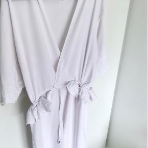 Sara Storm kjole eller nederdel