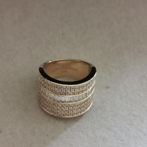 Sif Jacobs Corte Grande ring i str 56 sælges  Har den originale Købskvittering og original emballage   #30dayssellout