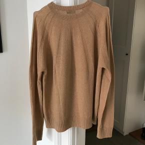 Johnstons of Elgin sweater