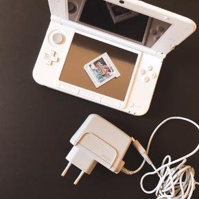 Sælges alt hvad du kan se på billedet Nintendo 3DS  Kun brugt på en ferie i 2016 og ikke brugt siden. Med 4 gb sd kort.