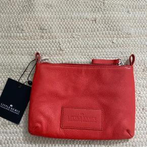Sød lille taske/clutch eller toilettaske