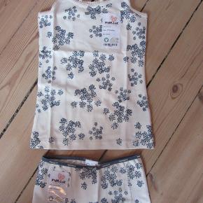 Pompdelux undertøj som dette sæt, blot i str. 122-128. Aldrig brugt. Stadig med mærke. Sælges for 100 kr. pp, men KUN via Mobilepay.