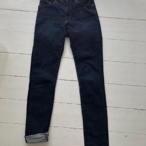 ACNE STUDIOS Needle jeans i str 29/34. Kan sendes eller hentes på Nørrebro :)
