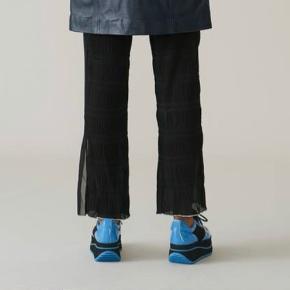 Ganni Lowell bukser. Str 34 (men stor i str. passer str 36), aldrig brugt