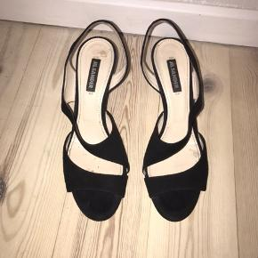 Mega smukke JIL SANDER heels! Super behalige at gå i, kan nærmest ik mærke at det er højhælede.  Købt i London for 1 år siden til 4200,-