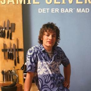 Jamie Oliver. Det er bar' mad.  25,- eksklusiv porto (betales af køber)