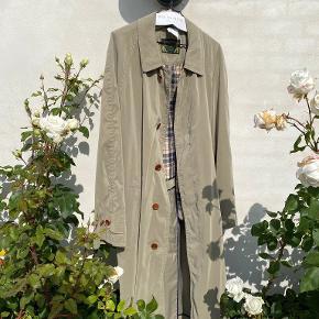 One Vintage trenchcoat