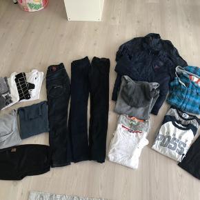 Lækker tøjpakke str 14-16 år.  Indeholder flg: 7 t-shirts, 4 bluser, 1 strik, 2 hættetrøjer, 1 par shorts, 3 par jeans, 1 skjorte m/hætte, 2 overgangsjakker.  Sælges for højeste bud over 500.- pp.   Bytter desværre ikke..