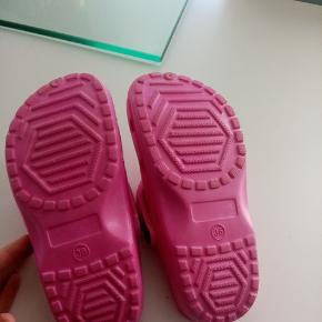 Sægler dem for en veninde hun har købt dem for små de er nye ☺️