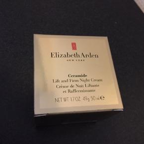 Uåbnet Elizabeth Arden Ceramide lift and firm Night creme sælges, købt i maj 2019. Fri fragt indtil 20/10.