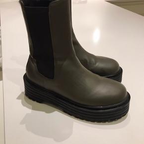 Pull And Bear sko & støvler