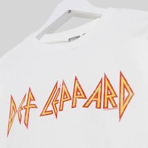 Super cool sweatshirt sælges, da den ikke bliver brugt   Tags: han kjøbenhavn, Mads Nørgaard, Nike
